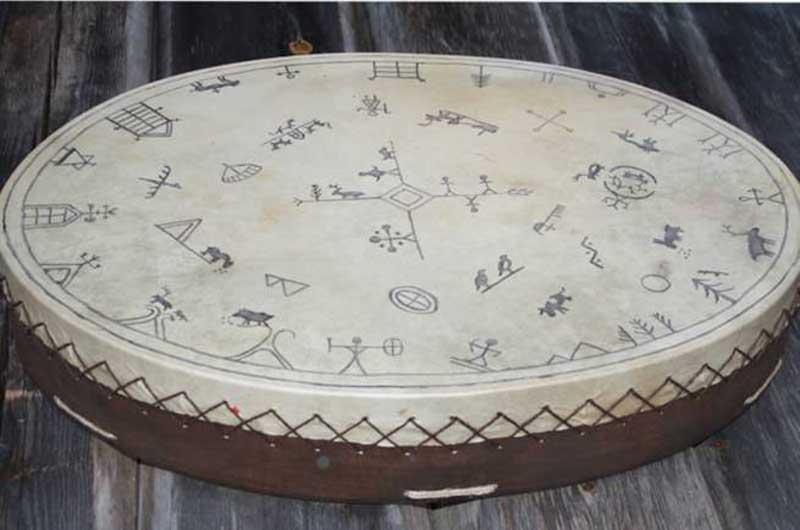 Noitarumpu symbolit ja kuviot Lapin noita Lapinrumpu