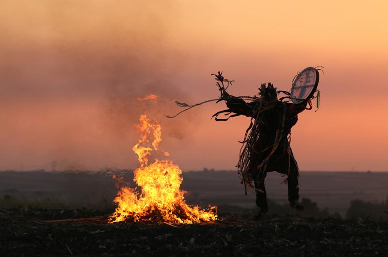 shamaanirummun vihkiminen-shamandrum-initation